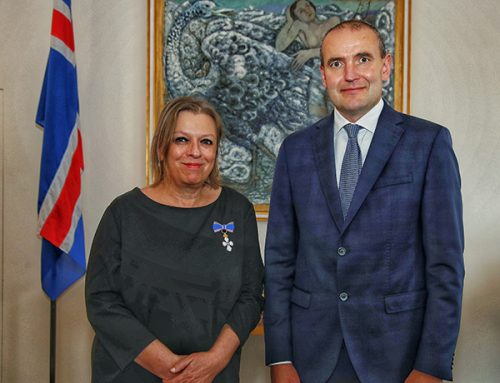 Regina Kammerer mit dem isländischen Falkenorden ausgezeichnet